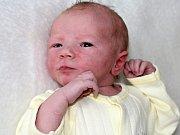 VALERIE KROUPOVÁ se narodila v neděli 21. května o váze 3,07 kg a míře 51 cm rodičům Veronice a Milanovi ze Sedlčan. Pomáhat s miminkem jim bude tříapůlletá Vaneska.