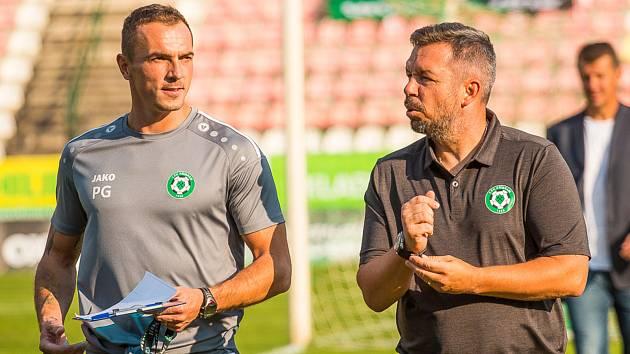 Trenér Příbrami Pavel Horváth (vpravo) spolu s asistentem Peterem Grajciarem.