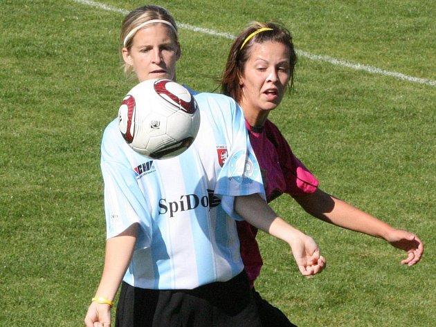 2. liga žen: Příbram - Stará Lysá (0:2).