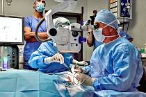Operace oka: První v Evropě v příbramské nemocnici