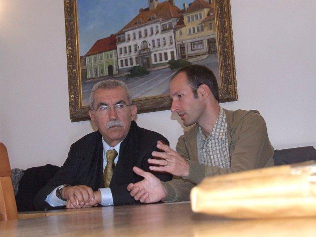 Návštěva italského europoslance Giulietta Chiesy (na snímku vlevo) v Rožmitále pod Třemšínem