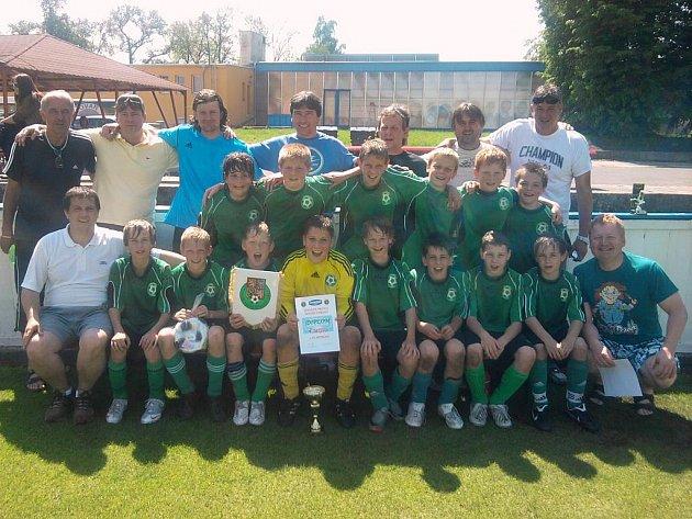 Mladší žáci 1.FK Příbram po vítězství v semifinále Danone Cupu.