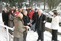 Náměstek ředitele ROP Střední Čechy Václav Chytil se starostou Rožmitálu Josefem Vondráškem otevřeli nově zrekonstruovanou školku v Rožmitálu.