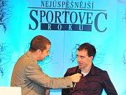 Vyhlášení ankety Nejúspěšnější sportovec Příbramska roku 2012. Daniel Tarczal přišel předat cenu Hvězdě Deníku.