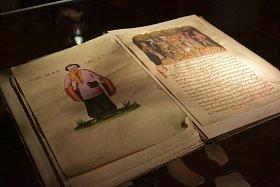Exponáty v Podbrdském muzeu v Rožmitále pod Třemšínem