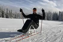 Paralyžař a Paratriatlonista Jan Tománek pohovořil v rozhovoru nejen o zimní a letní sezoně, ale jako vysokoškolský přednášející i o on-line výuce.