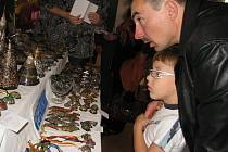 Setkání mineralogů v příbramském kulturním domě.