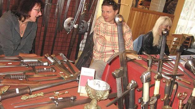 V Příbrami se letos bude konat již 18. ročník mezinárodní výstavy Nože 2009.