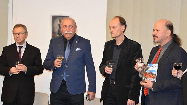 Slavnostní křest dvou publikací v budově Státního okresního archivu v Příbrami.