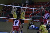 Čtvrtfinále poháru: Příbram - Brno.