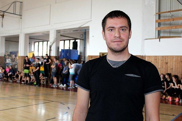 UČITEL příbramské zdravotnické školy Jan Chvál při sportovním utkání mezi Příbram –  Lotyšsko.