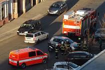 Dopravní nehoda v v Pražské ulici v Dobříši ve čtvrtek v odpoledních hodinách zkomplikovala dopravu.
