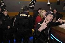 Noční kontrola příbramských barů a heren policisty