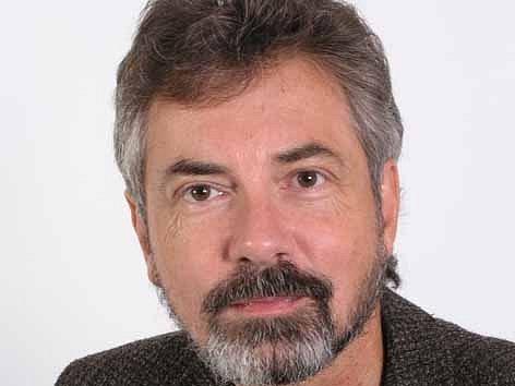 Zpívající právník Ivo Jahelka.
