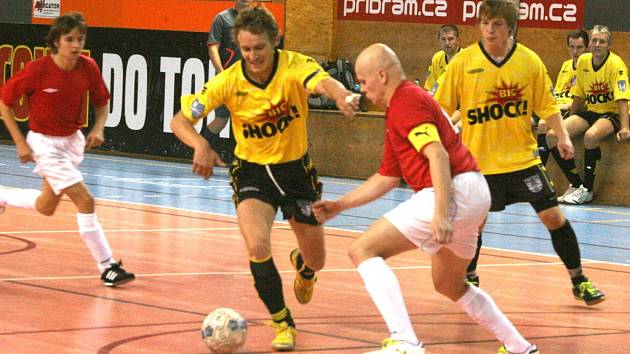 Divize: Legie Příbram - AFC Kralupy.