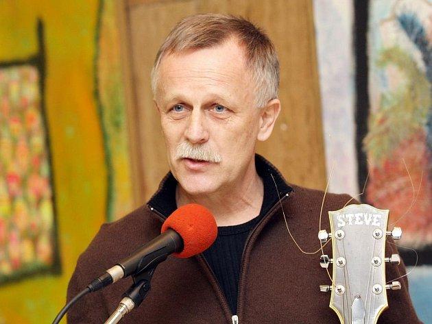 Jiří Dědeček.