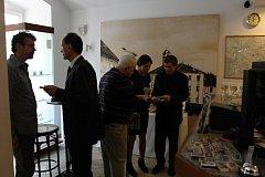 Výstava v sedlčanském muzeu připomíná události 2. světové války na Sedlčansku s důrazem na 75. výročí vystěhování civilního obyvatelstva ze Sedlčanska nacisty, kteří mezi Sedlčany a Benešovem vytvořili cvičiště jednotek SS.