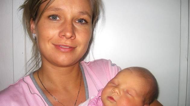 Aneta Jerlingová se mamince Markétě a tatínkovi Danielovi z Bohutína narodila v pátek 24. října a v ten den vážila 3,48 kg a měřila 51 cm. Chůvičku bude dělat čtyřletá Vaneska.