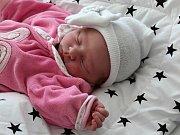 Nela Chadrabová se narodila s váhou 3,06 kg a mírou 50 cm Kateřině a Janovi z Příbrami.