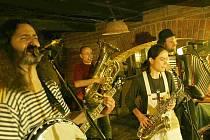 Berounská kapela Ponožka pana Semtamťuka
