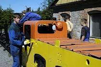 Studenti Střední průmyslové školy v Příbrami pomáhají v hornickém muzeu