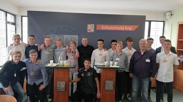 Výběr Středočeského kraje, který zcela ovládl letošní fotbalový turnaj na olympijských hrách dětí a mládeže, které se v červnu konaly v Liberci a Jablonci nad Nisou.