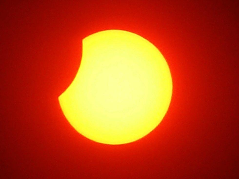 Zatmění slunce ve 12.05 hodin