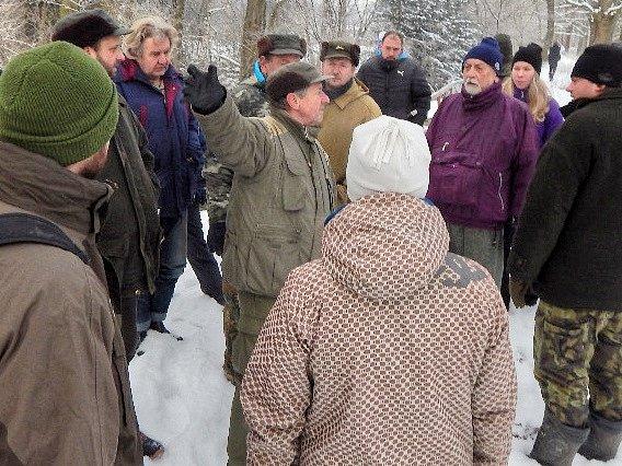 Rybáři na prohlídce Vlčavy a okolí.