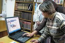Příbramská knihovna například nově vybavila centrální sklad novými regály či zavedla ve studovně bezplatné připojení k internetu