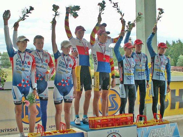 Příbramští cyklisté vybojovali na MČR v časovce bronz.