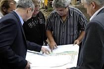 V srpnu by mohli Příbramáci poprvé vkročit na novou pěší zónu okolo Hořejší Obory