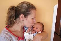 Od soboty 26. listopadu mají maminka Zdeňka a tatínek Pavel z Milína radost ze svého prvorozeného syna Daniela Tuháčka, který v ten den vážil 2,69 kg a měřil 50 cm.