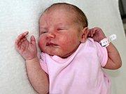 ELIŠKA HRŮŠOVÁ se narodila v pátek 16. června o váze 3,21 kg a míře 48 cm. Rodiče Pavla a Vlastimil si svoje první štěstí odvezli domů do Sedlčan.