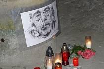 V SEDLČANSKÉM muzeu a později u kašny na náměstí lidé zavzpomínají na listopadové události před 26 lety a na Václava Havla – tvář sametové revoluce.