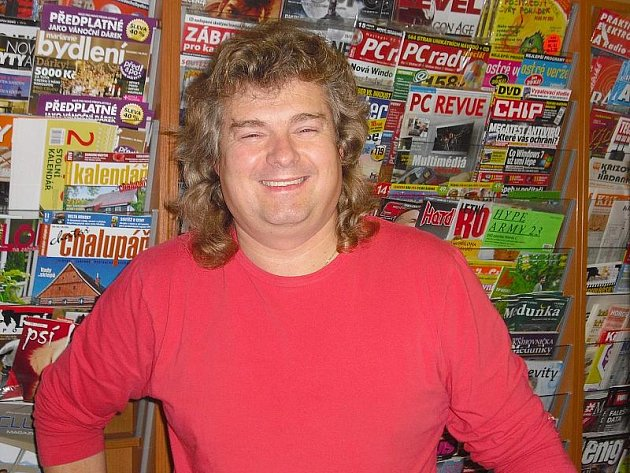 František Šmejkal, 46 let, vyučený elektrikář, majitel trafiky v Příbrami