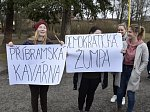 Studenti Gymnázia Pod Svatou Horou a dalších středních škol se dnes připojili k celorepublikové akci Vyjdi ven