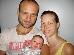 V pátek 29. srpna maminka Eliška a tatínek Miroslav z Třebska poprvé sevřeli v náručí své první štěstíčko – dcerku Sofii Pechrovou, která v ten den vážila 3,06 kg a měřila 50 cm.