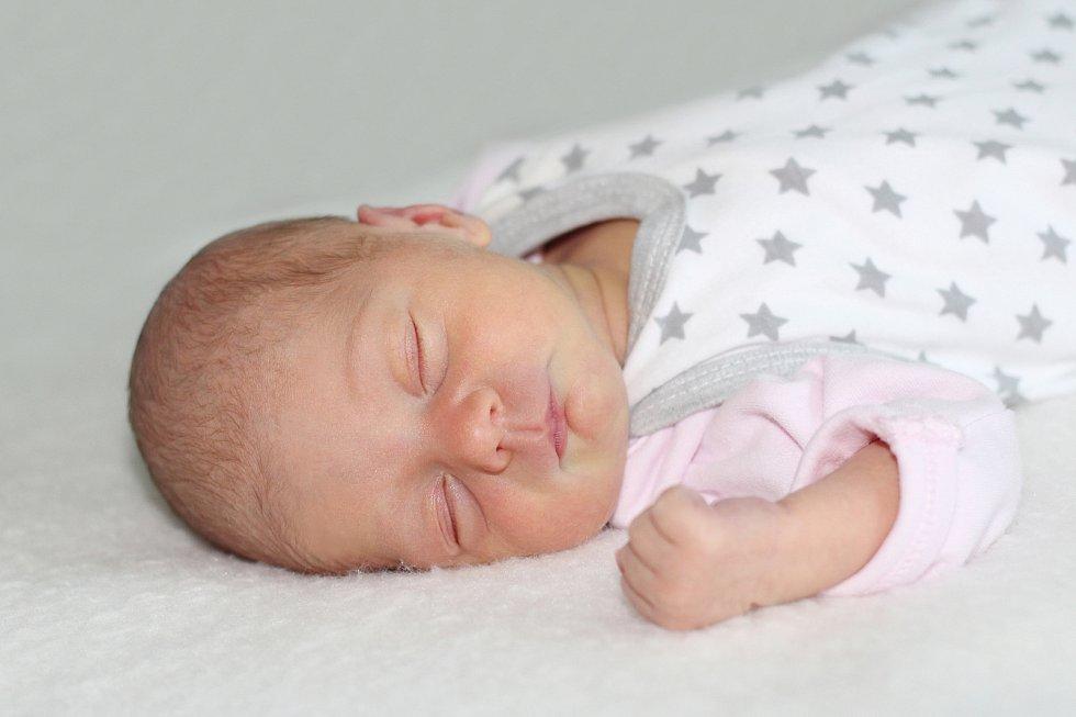 Patricie Šachová se narodila 8. listopadu 2018 s váhou 2,5 kg a mírou 48 cm Martině a Lukášovi z Prosenic.