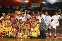 Kluci ze ZŠ Příbram Březové Hory získali ve Školní futsalové lize 1. a 4. místo v republice.