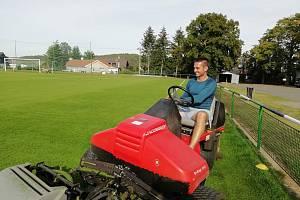 Hrající předseda fotbalového klubu TJ Nová Ves pod Pleší Jan Petrák.