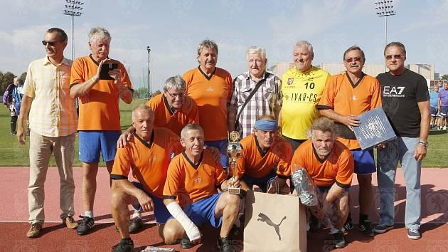 Navrátilci. Příbramští Kantoři se vrátili na fotbalovou scénu a začali se věnovat walking fotbalu.