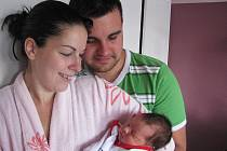 Daniel Bolina si pro příchod na svět vybral pátek 9. září a v ten den vážil 3,41 kg. Životem svého prvorozeného syna budou provázet maminka Veronika a tatínek Miloš z Příbrami.
