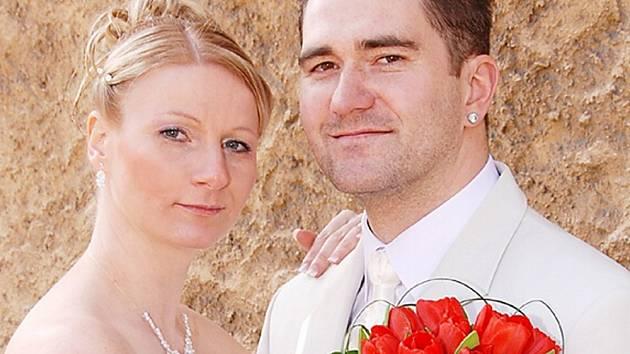 Manželský slib si v pátek v poledne na Zámečku v Příbrami dali Lucie a Aleš Bočinských.