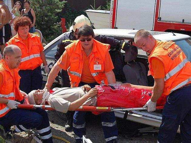 Cvičení záchranářů, hasičů a policistů na Podskalí.