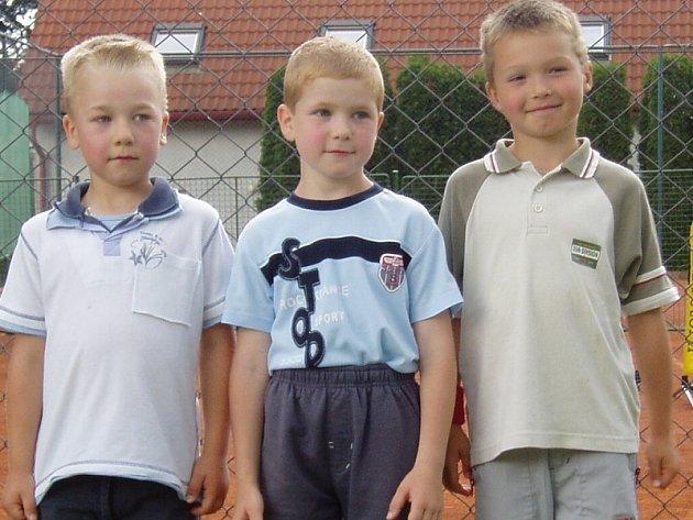 Nejmladší družstvo Bohutína, zleva: Jonáš Pavlišta, Jan Hlaváč a Matěj Vohradský .