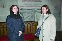 RESTAURÁTORKY Markéta Pavlíková a Theodora Popová  hovoří u malby z roku 1661 o průběhu několikaměsíční práce.