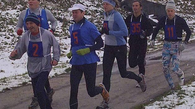 Kros Podrejžím se poběží již podesáté. Loni čekal účastníky terén ztížený sněhovou nadílkou.