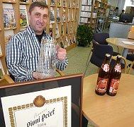 PAVEL  Bekeni, ředitel pivovaru ve Vysokém Chlumci.