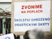 Ilustrační foto: ŽÁCI ZÁKLADNÍ ŠKOLY v Květné zůstanou dnes doma. Učitelé se připojí k nespokojeným kolegům ze svitavského okresu.