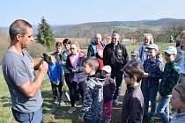 Děti i dospělí se zapojili do bohatého programu a seznamovali se blíže s přírodou.